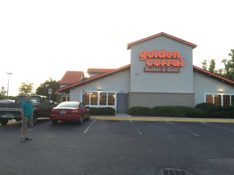 2016-05-26-02GoldenCorral-1310063.jpg